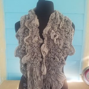 Gray Textured Scarf with Fringe